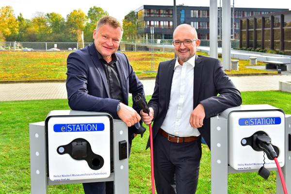 Ladesäule von Westfalen Weser Energie für Elektroautos am HNF