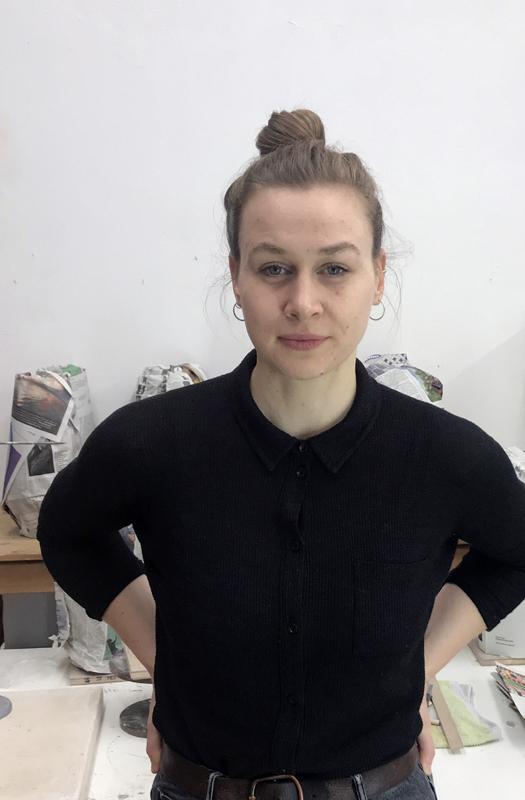 Bildhauerin Paloma Riewe zieht ins Künstlerhaus